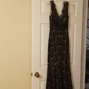 Betsy & Adam eveing gown size 0